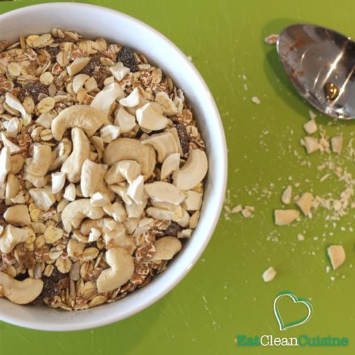 Crunchy Cashew Granola